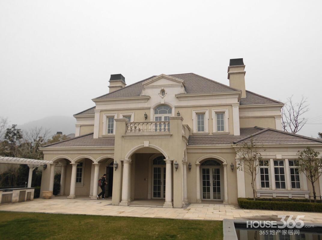 【绿城玫瑰园最优性价比独栋法国宫殿式别墅100%真图片