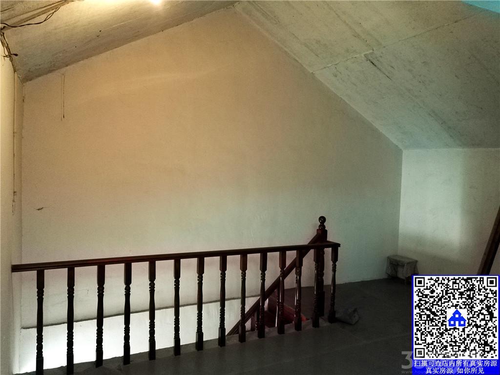 景明佳园 毛坯2房 南北通透 顶楼带阁楼 采光充足 商品房