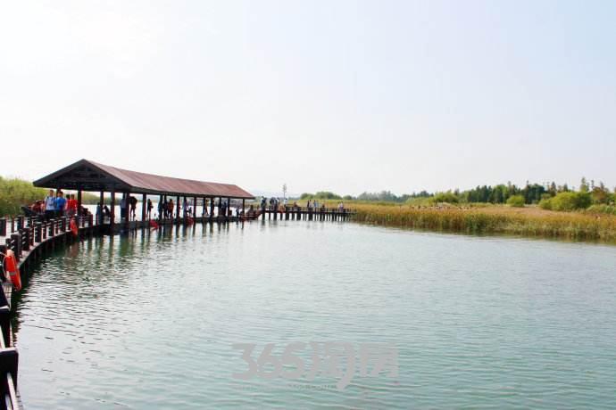 滨湖双玺周边配套公园湖实景图(8.22)
